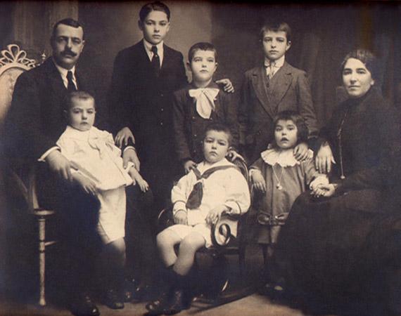 lostal-familia
